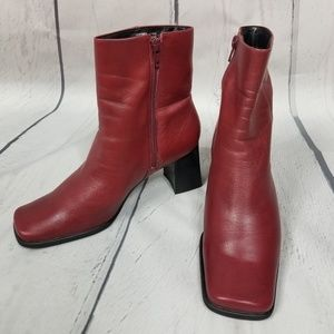 NINE WEST Zamir red leather boots